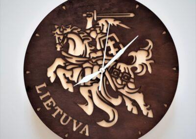 Sieniniai laikrodžiai